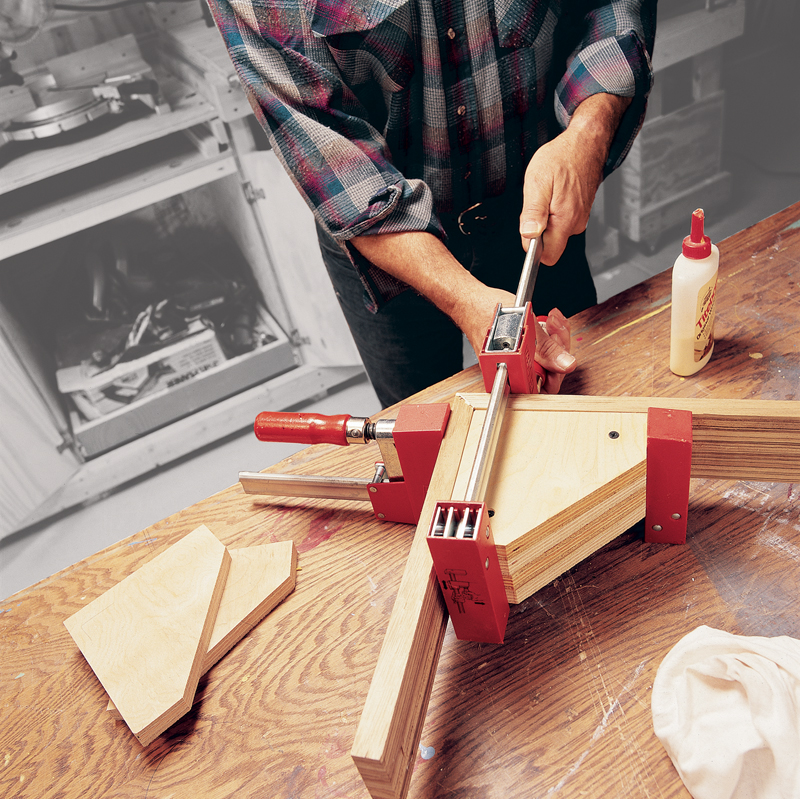 how to cut 45 degree angles without a miter box
