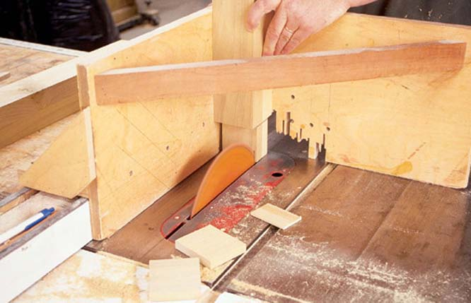 Free Woodworking Plans & DIY Wood Project Ideas