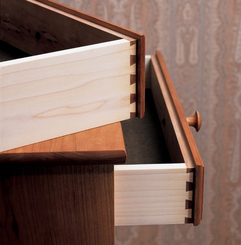 Aw Extra 12 6 12 Making Lipped Drawers With A Dovetail Jig