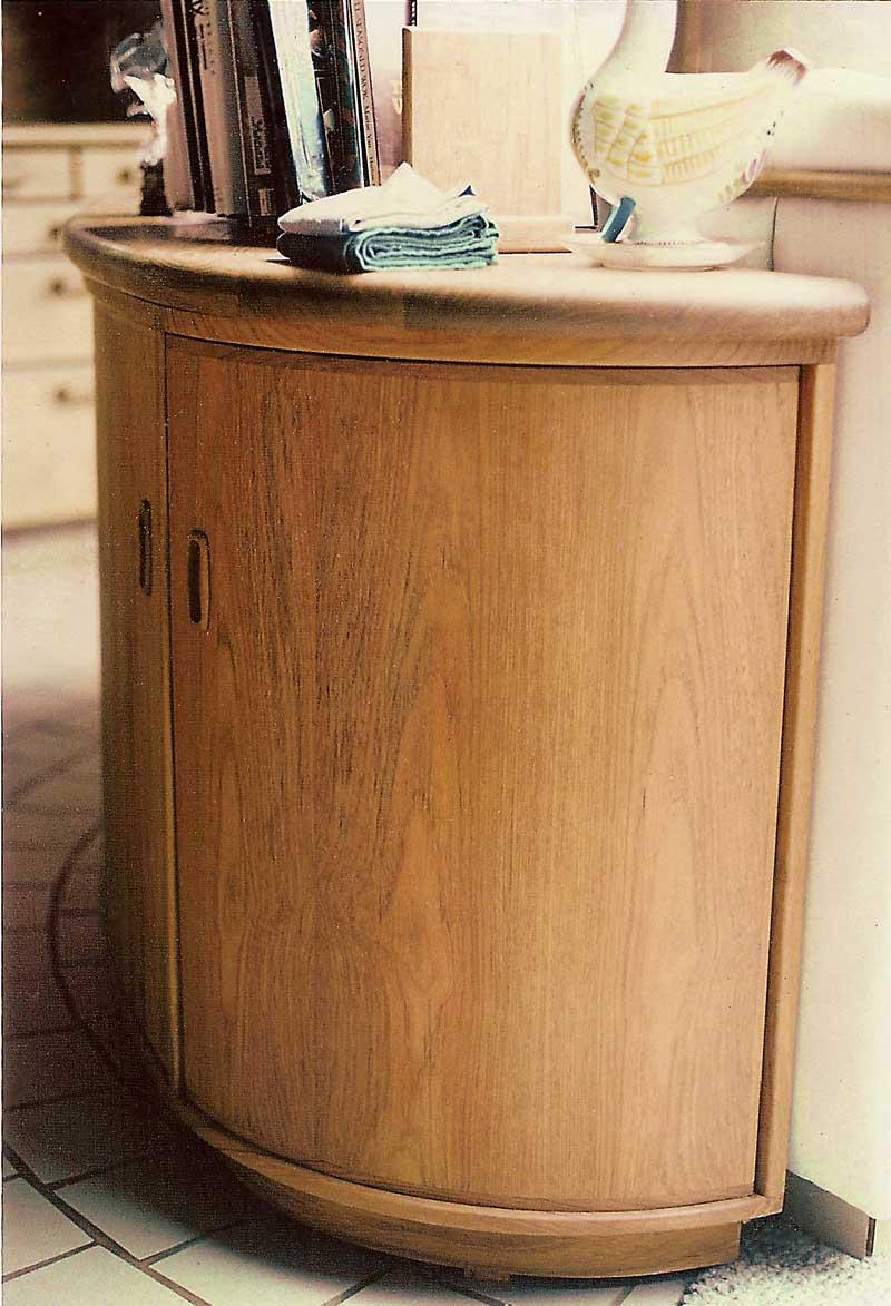 Custom Plywood Cabinet Doors Concept