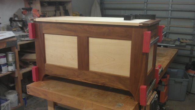 Lauren's Hope Chest Plans – A Shipping Dilemma | Popular Woodworking Magazine